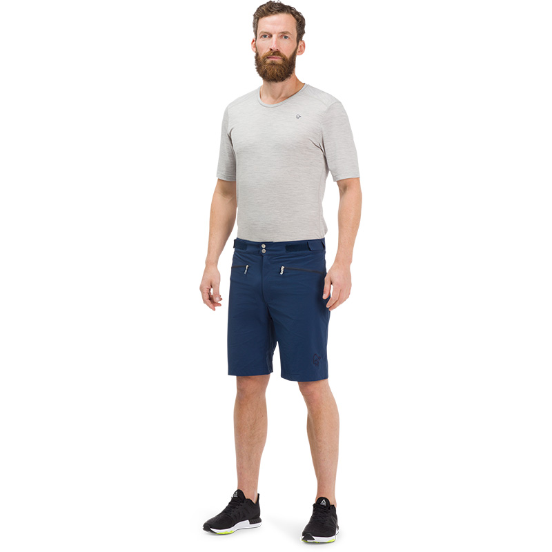 bitihorn lightweight Shorts (M)